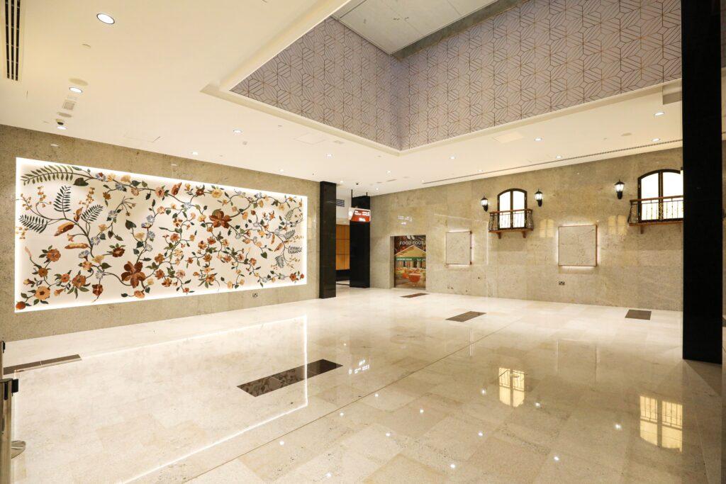 Al Murad Mall Interior 5-min