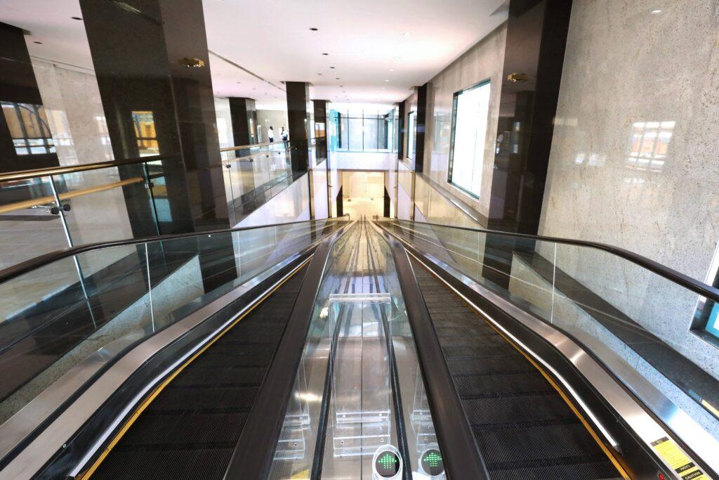 Al Murad Mall Interior 8-min
