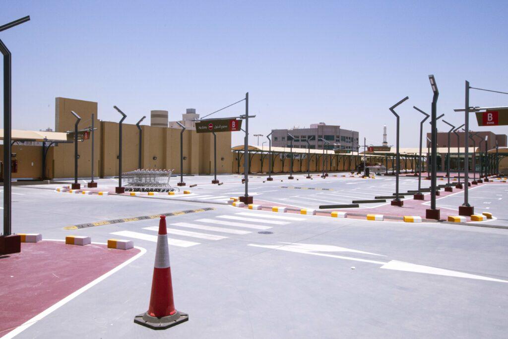 Al Murad Mall Roof Parking 1-min